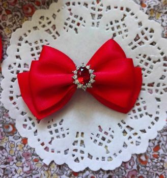 Vintage Show bows for yorkie white glossium