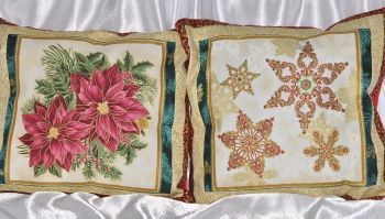 "Set of New Year pillows ""Magic Christmas 2"" gold"